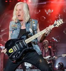 Howard Leese- Rock & Roll Hall of Fame guitarist from Heart - Picture of  Raiding The Rock Vault, Las Vegas - Tripadvisor