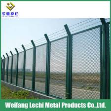 barbed wire top pvc coated welded