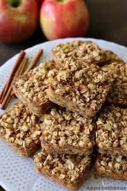 apple cinnamon baked oatmeal squares