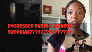 lady goes psycho during makeup tutorial