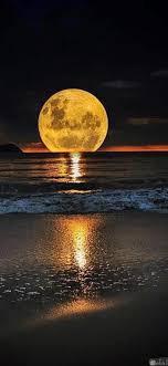 صور حلوة للقمر وأجمل الخلفيات الرومانسية