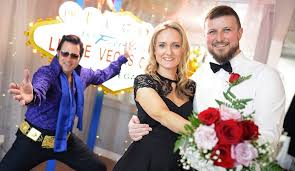 18 best las vegas wedding packages