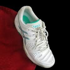leather tennis shoes sneakers white