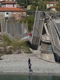 Crollo del ponte: inquietante filo rosso con Genova e Savona. I ...