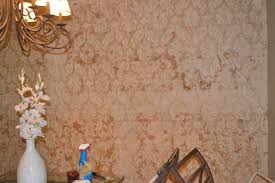 wallpaper removal with vinegar