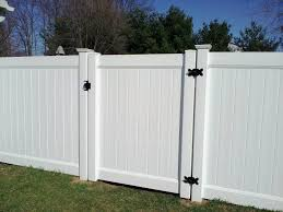 Bonnox Fencing Cost 4 Foot High Pvc Privacy Fencing In Ri Pvc Fence Dream Garden Privacy Fences