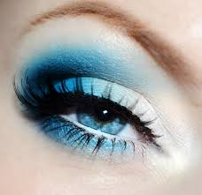 blue eyeshadow the boldly exotic look