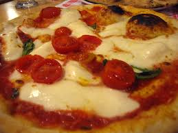history of pizza life in italy
