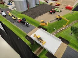 1 64 Model Farm Display Hotwheelsbedroomideas Farm Toy Display Farm Toys Scale Model Building