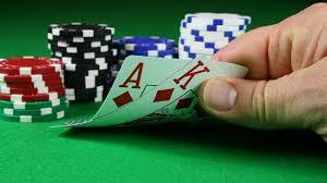 Apa yang Harus Diperhatikan di Situs Poker Online