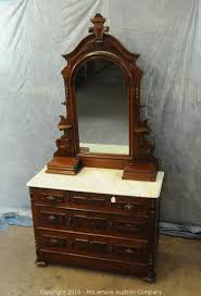 auction furniture collectibles