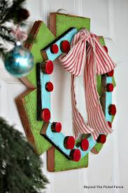 Beyond The Picket Fence 12 Days Of Christmas Day 3 Scrap Wood Wreath