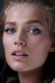 the natural makeup look