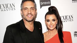 RHOBH' Star Kyle Richards' Husband Sued for Fraud in $32 Million ...
