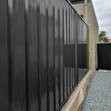 What S The Best Fence Paint Dulux Fence Paint Fence Makeovers
