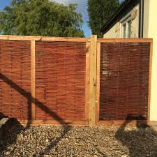 Framed Willow Hurdles Fencing Panels 1 82m X 1 37m 6ft X 4ft 6in By Papillon 74 99