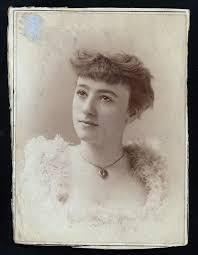 Ada Lewis, 1872 - 1925. 53; actress. | Lewis, Actresses, Singer