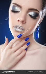 manicure nails fashion glamour