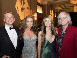 Slideshow: Fort Worth Symphony amps it up for rocking gala ...