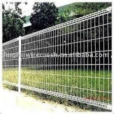 Cheap Fence Ideas Bing Images Diyfenceplans Cheap Fence Dog Fence Backyard Fences