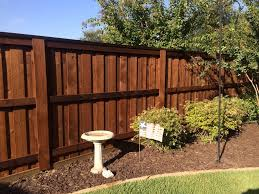 New 6 Foot Board On Board Fence With Postmaster Poles In Denton Texas Dfw Fence Contractor