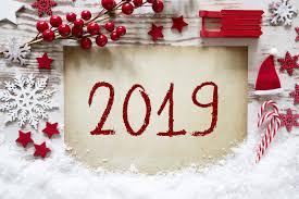 صور مكتوب عليها العام الجديد 2019 جرافيك مان