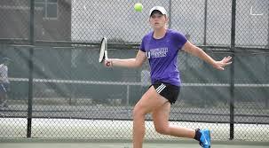 Women's Tennis Sweeps Goshen, Falls to Davenport | Taylor ...