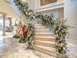 ideas for christmas decorations for stairs