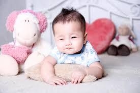 10 bước chụp ảnh siêu ngộ nghĩnh dành cho trẻ sơ sinh