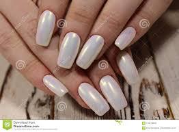 Modny Bialy Manicure Zdjecie Stock Obraz Zlozonej Z Zblizenie