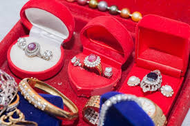 11 places to sell jewelry to get