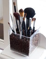 brush storage ideas