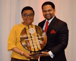 Avis Patterson Miller receives the inaugural Mayor's Lifetime Achievement  Award at Aurora African-American Heritage Advisory Board's 14th Annual  Heritage Dinner – The Voice