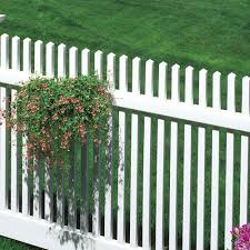 decorative 4 x 8 white plastic fence