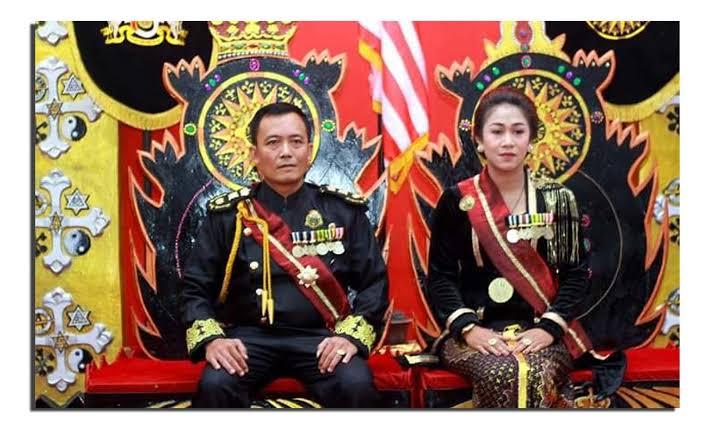"""Hasil gambar untuk Polisi Tangkap Raja dan Ratu Keraton Sejagat di Purworejo"""""""