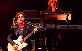 Wendy Melvoin: Playing for the Revolution   Premier Guitar