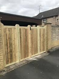 Tanalised Wooden Bi Folding Driveway Gates 8ft Wide X 6ft High Ebay