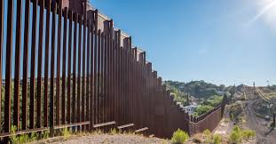 Did These Politicians Build Walls Around Their Homes