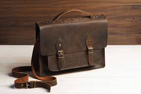 11 best men s leather messenger bags