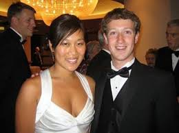 It's official! Mark Zuckerberg and Priscilla Chan change Facebook status to  'in a relationship' - New York Daily News