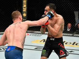 Justin Gaethje beats Tony Ferguson ...