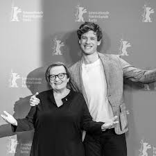 Berlinale | Archive | Annual Archives | 2019 | Programme - Mr. Jones