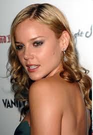 Abbie Cornish ... ... Abbie was born on the 7 of August 1982 | Beauté