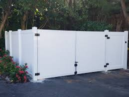 High Quality Vinyl Pvc Fence Installation Services Pvc Fences In Lake Clarke Shores
