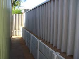 Retaining Walls Harrisdale Fencing Colorbond Hardifence Timber Pool
