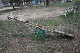 """GALERIE FOTO / Galaţi, oraşul interzis copiilor: """"Mami, eu unde mă ..."""