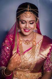bridal makeup artist hair