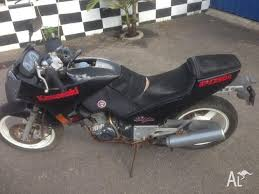kawasaki gpz 250 1987 wrecking bike for