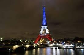 Pétition pour que la Tour Eiffel reste toujours aux couleurs de la ...