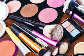 the beginning makeup artist essentials